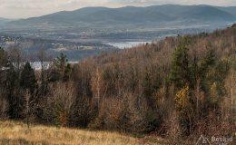Widok znad Oczkowa na Jezioro Żywieckie i Beskid Śląski