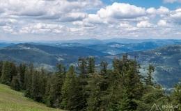 Widok na zachód z Przełęczy Pawlusiej