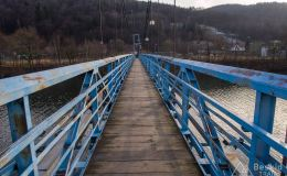 Wiszący most w Czernichowie
